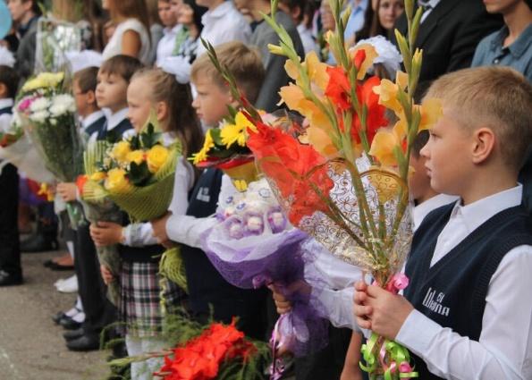 Выбираем цветы учителю на первое сентября