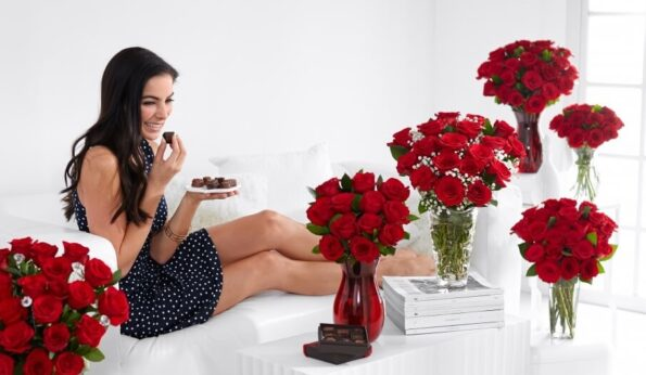 Какие розы выбрать в качестве подарка на зимние праздники