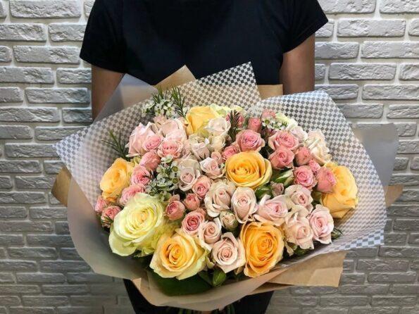 Недорогой букет цветов без повода