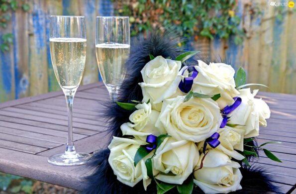 Какие цветы подарить на годовщину свадьбы.