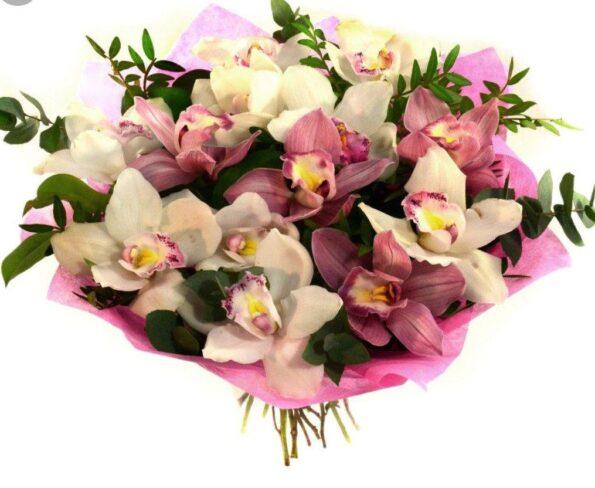 Букет орхидей: что следует учитывать при покупке