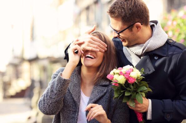 Как правильно выбрать цветы на годовщину свадьбы